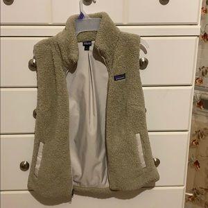 khaki Patagonia vest for women :)